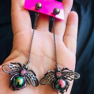 BETSEY  JOHNSON~ Flying Bug Earrings